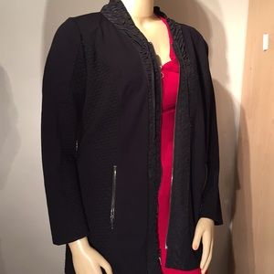 ZENERGY BY CHICOS BLACK JACKET ZIPPERS SIZE 2